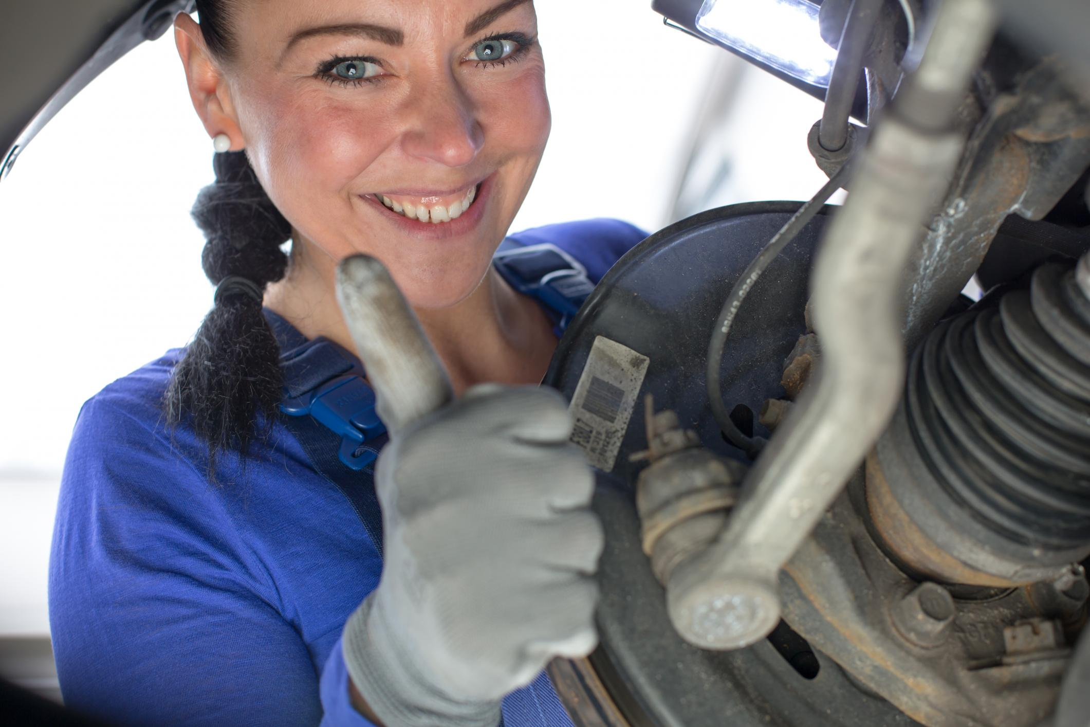 This is a picture of an engine tune ups service.